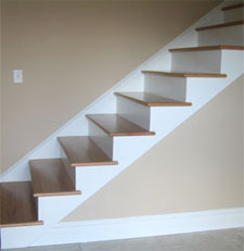 a image of a staircase without a bannister